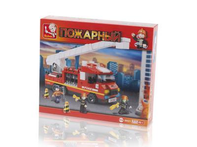 Конструктор Sluban Пожарный «Пожарная машина с выдвижной лестницей» (M38-B0221)